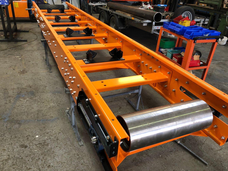 Hydraulic Conveyor Drive : Stockpiling conveyor mm m ft long belt