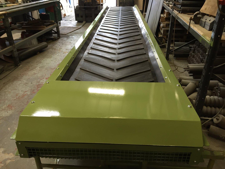 Hydraulic Conveyor Drive : Mm wide meters long conveyor phase or hydraulic