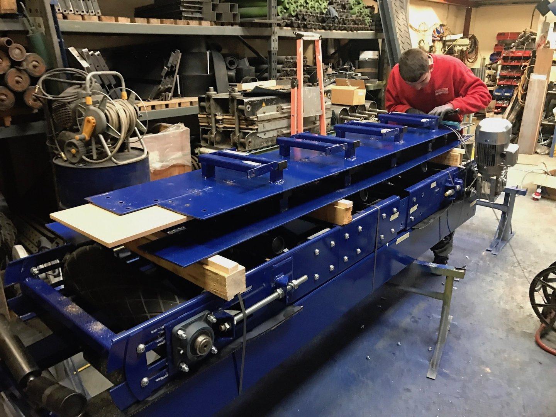 Hydraulic Conveyor Drive : Stockpile conveyor mm m long belt phase